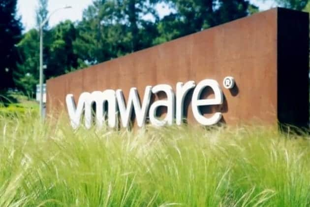 VMware pushes for multi-cloud strategy with Cross-Cloud Services